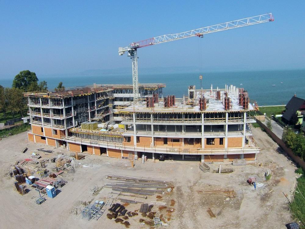 Szépen halad az építkezés, nyílt nap október 8-án